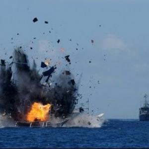 Pemerintah Tenggelamkan Enam Kapal Vietnam Pencuri Ikan