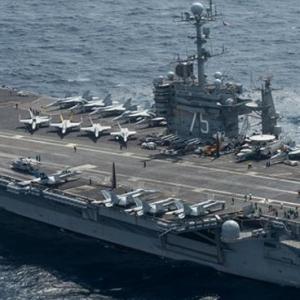 Drone Iran Memata-matai Kapal Induk AS