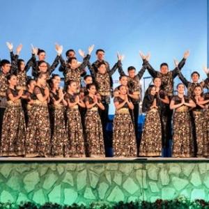 Paduan Suara Mahasiswa UNS Surakarta Harumkan Nama Indonesia