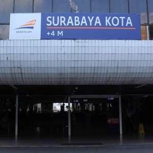 <i>Kenapa Surabaya Tidak Ada Pabrik Gula?</i>