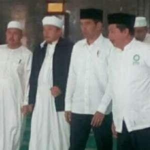 Istana Bantah SP3 Rizieq Buah Pertemuan Jokowi Dengan Persaudaraan Alumni 212