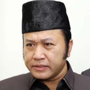 KPK Geledah Kantor 9 Naga Emas Di Bandar Lampung