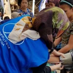 Jamaah Ahmadiyah Terjun Bantu Korban Gempa Lombok