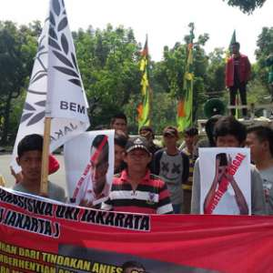 Balaikota Dikepung, BEM Se-DKI Pertanyakan Evaluasi Kinerja Anies-Sandi