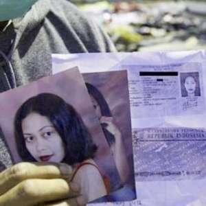 Di Palu Banyak Pamflet Mencari Orang Hilang