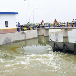 Kementerian PUPR Bangun Bendung Karet Multifungsi Di Pantai Utara Indramayu