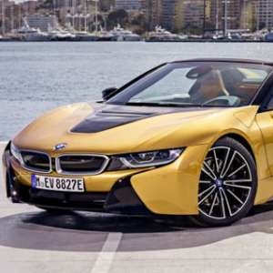 First-Ever BMW i8, Mobil Listrik Buat Maniak Sport
