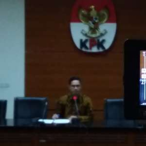 KPK Sita Dolar Dan Rupiah Dalam OTT Direktur Krakatau Steel