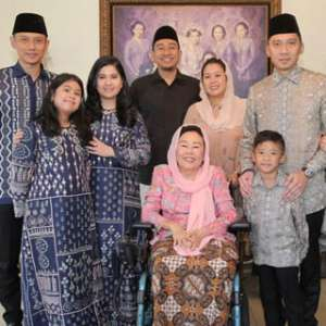 Setelah Megawati, AHY Dan Keluarga Bertandang Ke Kediaman Istri Gus Dur