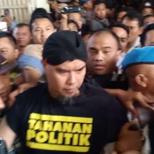 Ahmad Dhani Dikembalikan Ke Lapas Cipinang Dinihari