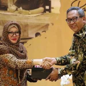 Keluarga Cendana Resmi Serahkan Dokumen Penting Presiden Soeharto Ke Negara