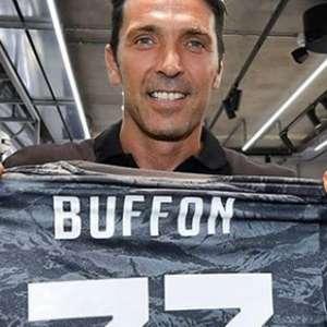 Pulang Ke Juventus, Buffon Tolak Pakai Nomor Punggung 1