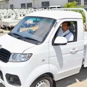 Sudah Tidak Punya Beban, Harusnya Jokowi Tak Cuma Resmikan Pabrik Esemka