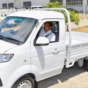 Selamat, Setelah 7 Tahun Akhirnya Jokowi Temukan Produsen Esemka