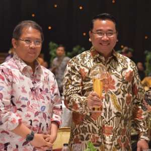 Dua Menteri Dan Ketua DPR Raih Indonesia Digital Initiative Awards 2019