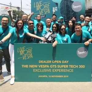 Dealer Open Day Vespa, Penggemar Bisa Rasakan Langsung Kecanggihan GTS Super Tech 300