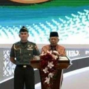 Ma'ruf Amin: Indonesia Jangan Hanya Jadi Tukang Sertifikat Halal
