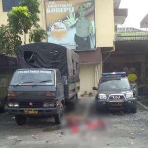 Densus Dan Polda Sumut Lakukan Olah TKP Di Polrestabes Medan