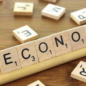 Prediksi Indef, Ekonomi Indonesia Buram Hingga Pilpres AS Berakhir