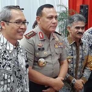 Lima Pimpinan KPK Terpilih Hadir Di Gedung Merah Putih, Firli Enggan Berkomentar