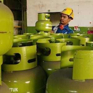 Apapun Teorinya Kalau Subsidi Gas Dicabut Pasti Rakyat Kesulitan