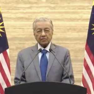 Menolak Dituding Gila Kuasa, Alasan Mahathir Mohamad Mengundurkan Diri