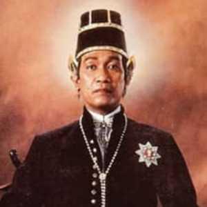 Sultan HB X Hari Ini Genap Bertahta 32 Tahun