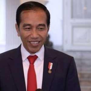 Jokowi: Ada Yang Sudah Diisolasi, Tapi Malah Bantu Tetangganya Yang  Hajatan