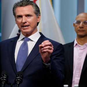 Gubernur California Tidak Akan Membuka Lockdown Sebelum Sebarkan Uji Covid-19 Secara Merata