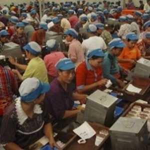 Duh, Di Jawa Timur Ada 1.923 Buruh Di-PHK dan 16.086 Dirumahkan