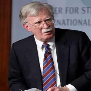 Mantan Penasihat Keamanan AS Akui Upaya Trump Jatuhkan Venezuela Gagal