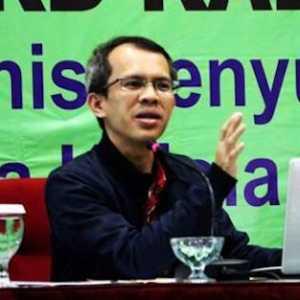 TKA China Datang Di Bulan Juli, Pengamat: Corona Belum Tentu Beres Dan Rakyat Masih Nganggur