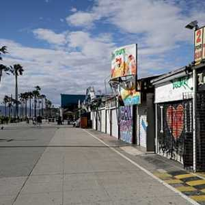 LA Terkunci Hingga Juli, Walikota: Kita Tidak Bergerak Melewati Covid-19, Kita Belajar Hidup Dengannya