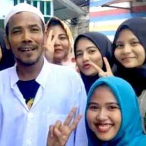 Prank Motor Jokowi, M. Nuh Kini Jadi Idola Di Kampungnya
