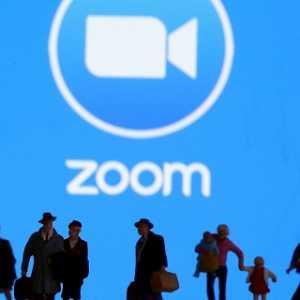 Tutup Akun Aktivis Tirai Bambu Usai Gelar Acara Virtual Peringatan Tragedi Tiananmen 1989, Zoom Pro China?