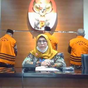 KPK Kembali Tahan 3 Eks Anggota DPRD Jambi Tersangka Uang Ketok Palu