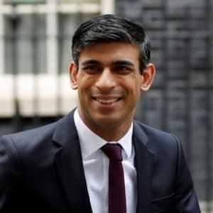 Menkeu Inggris Tinjau Ulang Jaga Jarak 2 Meter Karena Khawatir Ganggu Upaya Pergerakan Ekonomi