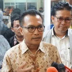 Iwan Sumule Heran Raker DPR Dan Pemerintah Ditunda Seminggu Tapi Defisit Nambah Rp 11,9 T