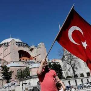 Hagia Sophia Jadi Bukti Keberanian Erdogan Bangkitkan Islam
