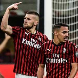 Epic Comeback, Milan Rontokkan Juventus 4-2