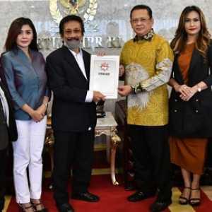 Diminta Jadi Ketua Majelis Kehormatan Lemhasar, Ketua MPR Anggukan Kepala