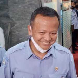 Di Hadapan DPR, Edhy Prabowo Bongkar Alasan Budidaya Ekspor Benih Lobster