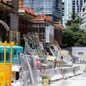 Kecelakaan Parah Di Menara Tertinggi Di Miami, Enam Pekerja Konstruksi Terluka, Dua Tertusuk Batang Baja