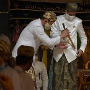 Lewat Upacara Jumenengan, PRA Luqman Zulkaedin Resmi Menjadi Sultan Sepuh XV Kesultanan Kasepuhan Cirebon