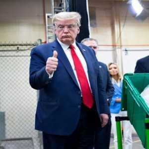 Saran Trump Untuk Menunda Pemilihan Adalah Keliru