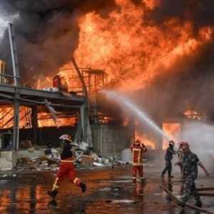 Kebakaran Besar Terjadi Di Lokasi Ledakan Beirut, Api Berasal Dari Gudang Minyak