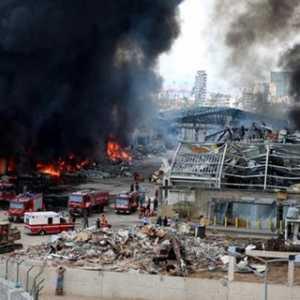 Presiden Lebanon: Kebakaran Pelabuhan Beirut Kali Ini Bisa Jadi Karena Adanya Sabotase