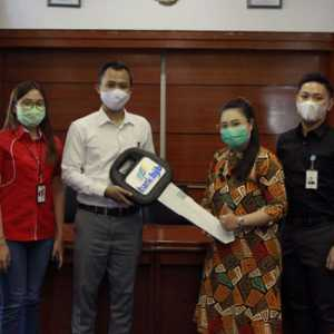 Racing Poin SMS Banking Telkomsel Bagikan Hadiah Tandamata kepada Nasabah bank bjb