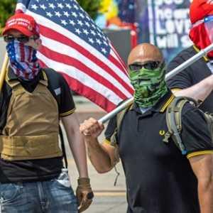 Kelompok Sayap Kanan Proud Boys Rayakan Komentar Trump, Berjanji Setia Kepada Petahana