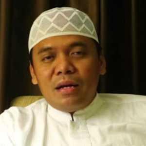 Ibaratkan NU Bus Umum Berpenumpang PKI, PCNU Cirebon Laporkan Gus Nur Ke Bareskrim